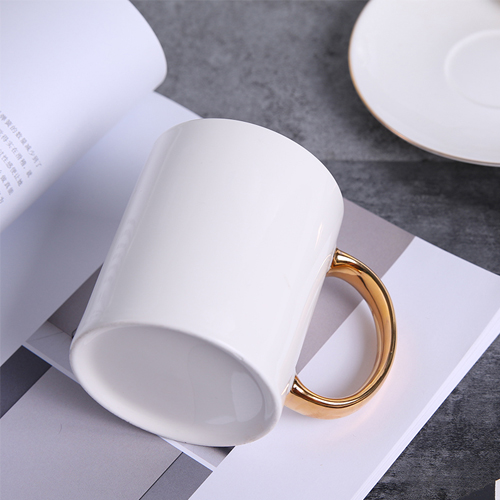 Eco-friendly white ceramic cup made in China